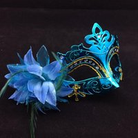 Wholesale Gold Masquerade Mask Feathers - On Sale Gold Plating Party Masks Half Face Woman Masks Feather Flower Aside Venetian Masquerade Mask Mix Color free shipping
