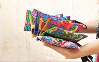 сумочка для наручного ремня оптовых-Национальный стиль женщины клатч мини мобильный телефон сумка кошелек цвет вышивка сумка наручные ремень 8 цветов 20 шт. / лот