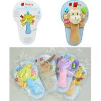 sonajero para bebe juguetes al por mayor-18.5 * 12 CM Sozzy Bebé Juguete Bebés Animales de Dibujos Animados Muñecas Juguetes Niños Niñas Juguetes de Felpa Varita Sonajero Brinquedos Sozzy Handbell
