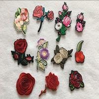 rose patch großhandel-1 Satz gestickte Patches stieg Blumenmuster aufbügelbar 11 Stück / Set Applikationen Zubehör Zakka DIY Patchwork