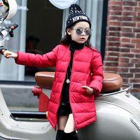 продажа длинных зимних пальто девочек оптовых-подросток девушки зима длинное пальто хлопок пуховик сплошной цвет вниз пальто верхняя одежда для детей девушка 2017 горячая распродажа зима теплая одежда розничная