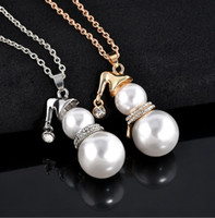 Wholesale Chain Snowman - Fashion And Lovely Christmas Snowman Pearl Pendant Necklaces Ms. Long Sweater Chain Necklace Christmas Gift Free Shipping