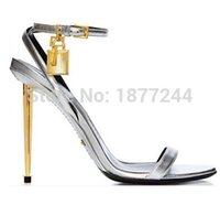 Sexy Women Summer Open Toe Gold Chaussures à talons hauts Cheville Strappy Strap Celebrity Shoes Gladiator Sandals