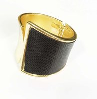 Wholesale Classic gold black leather two tone hinge bracelet one side shinny smooth lead and cadmium free