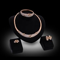 Wholesale Rings Earrings Neclaces Bangles Statement Sets Fashion Women Rhinestone K Gold Plated Alloy Hollow Out Rose Wedding Jewelry Sets JS145