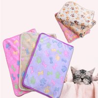 Wholesale dog bedding wholesale for sale - 76 cm Cute Floral Pet Sleep Warm Paw Print Dog Cat Puppy Fleece Soft Blanket Beds Mat IC825
