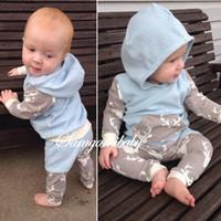bebek yılbaşı atıcıları toptan satış-Bebek erkek kız Noel Kıyafetleri Bebek Kapüşonlu Ceketler Pantolon 2 Adet Yenidoğan Pijama Süveter Toddler Bebek kapüşonlu Giysileri