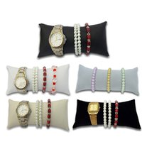 velvet watch holder pillows بالجملة-التجزئة 2 قطع مجوهرات سوار الإسورة وسادة عرض حامل ووتش حامل المخملية الوسائد سوار بو وسادة وسائد كبيرة الحجم 5 ألوان