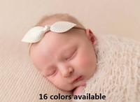 saç taç yaprakları toptan satış-Bebek çıplak Naylon kafa bandı - 3inch Leatherette Petal Bow Headband / Hairtie çocuklar saç bantları Saç aksesuarları! 50 parça/