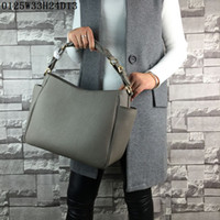 Wholesale Casual Bag Crochet - Latest women leather totes Lichee grain Medium casual bags humany sides pockets designment or shoulder bags Urban casual women fashion bags