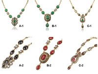 Wholesale Exaggerated Alloy Gemstone Necklace - European American Unique Exquisite Palace Retro Gemstones Exaggerate Pendants Necklace Antique Gold Plated Pendant Necklace Chains