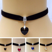 vintage gothic mode großhandel-Gotische schwarze Spitze-Kristallchoker-Halskette neue Art und Weise Samt-Band-Weinlese-Halskette für Frauenspitze Retro- Kragen-Halsband freies Verschiffen