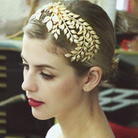 Wholesale Bridal Golden Crown - Wedding Bridal Golden Leaf Hair Combs Golden Baroque Bridal Tiara Wreath Headdress Round Crown New Fashion Hair Jewelry Accessories 2018