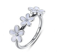 Wholesale Enamel European Ring - 2017 Summer New 925 Sterling Silver Jewelry Three Daisy Rings With White Enamel Flower Rings For Women Fits European Fine Jewelry BF363