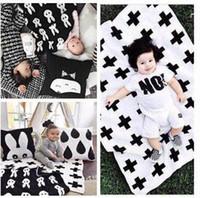 lindo blanco negro ropa de cama al por mayor-Manta de bebé Suave Negro Blanco Lindo Conejo Cruzado de Algodón de Punto Couverture Plaid Para Cama Sofá Cobertores Mantas BedSpread Niños Toalla de 90 * 120 cm