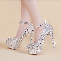 zapatos de boda de plata perlas al por mayor-Caliente elegante nupcial zapatos de boda tobillo correas de cristal zapatos de tacón alto Rhinestone perla brillante boda discoteca club de la princesa zapatos de plata