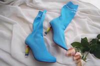 blaue weibliche stiefel großhandel-Hellere Fersen gestrickte Socke Stiefel blau schwarz weinrot Mode Stoff Stretch elastische Herbst Stiefel weiblich