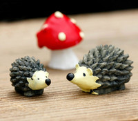 Wholesale 2016 new Sets resin hedgehog and mushroom miniatures lovely animals fairy garden gnome terrarium decoration crafts
