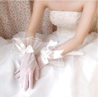 Wholesale White Bridal Gloves Simple Wrist - 2017 Simple White Tulle Bridal Gloves Ruffled Wedding Glove With Bow Short Wedding Accessories Gloves for Brides Fast Shipping In Stock
