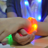 Wholesale Wholesale Led Bars - 7 Color Sound Control Led Flashing Bracelet Light Up Bangle Wristband Music Activated Night light Club Activity Party Bar Disco Cheer toy