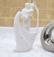 ingrosso sposo di sposa di torta di nozze-Torta Toppers Bianco romantico Torta nuziale Topper Sposa e sposo Resina Figurina dipinta a mano torta nuziale Torta europea creativa torta nuziale