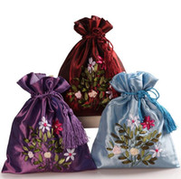 Wholesale Embroidered Candy Bags - Free Ship 20pcs Handmade High quality 17*21cm Embroider Brocade Brocart Bag Jewelry Bags Candy Beads Bags Wedding Party Gift Bags