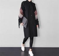siyah uzun kollu bluz toptan satış-Artı Boyutu Uzun Gömlek Siyah Gevşek Püskül Nakış Kadın Elbise Bluz İnce Coat uzun kollu Hırka Sonbahar Kanat Tasarım 2016