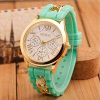 Wholesale Wristwatches Chain - 2015 New Famous Brand Gold Alloy Chain Geneva Casual Quartz Watch Women Silicone Watches Relogio Feminino Wristwatches Hot Sale