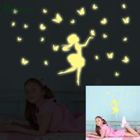 Atacado 2017 Maruoxuan Fluorescente Girl Butterfly Luminous Stickers Decoração para casa Moons Wall Stars Glow In The Dark For Kids Baby Rooms