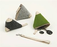 Wholesale Women Handbag Jewelry - Wool Felt Storage Bag Mini Handbag Coin Purse Soft Wool Felt Triangle Women Fashion Key Pocket Coin Wallet Pouch Jewelry Storage Protective