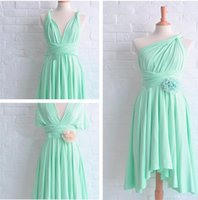 Günstige Gracefhul Schulter / Halter Mint Green Brautjungfer Kleid Sleeveless Sheer Chiffon Catch Falten Stickerei bodenlangen Abendkleid