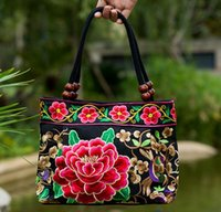 Wholesale Embroidered National Trend - Hot 2016 quinquagenarian women's handbags national trend embroidered bag embroidery vintage canvas all-match small bag handbag Free shipping