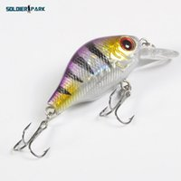 Nueva Pesca Señuelo Rock Minnow Crank Bait Lure Tackle 7.5cm de agua salada de agua dulce Eco-Friendly Pesca Crank Lure Purple orden $ 18no tra