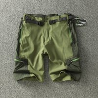 Wholesale-Liquidation Vente Commerce extérieur Hommes Shorts de randonnée en plein air Été Thin Quick Dry Shorts Sport Escalade The Mountain Fifth Short