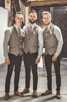 hombres trajes de lana personalizados al por mayor-2019 Chalecos de lana modestos para el novio Estilo británico Chalecos de traje de los hombres Ajuste delgado Vestido de los hombres Chaleco Chaleco de boda Vestidos de padrino de boda por encargo