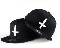 sombreros coreanos moda ala plana al por mayor-ROYEW nueva gorra de béisbol casquillo de hip-hop de Corea del Sur afluencia de hombres y mujeres cruz sombrero de ala plana sombrero casual sombrero patín