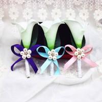 Wholesale Bouquet Boutonniere - 6Pcs Wedding Calla Lily Corsage Bridal Brooch artificial Flower Bouquet Boutonniere Corsage Groom Groomsman Wedding Decor 3 Colors