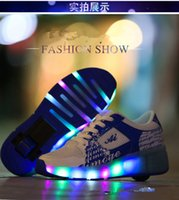 Wholesale Single Wheel Shoes - 2016 lamp LED light shoelace shoes boys and girls single round of automatic paragraph adult skate wheels winter wholesale free shipping