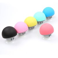 Vente en gros sans fil Bluetooth Mini Speaker Mushroom Waterproof Silicon Suction Handfree Holder Music Player pour Iphone Android