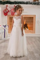 Wholesale White Christmas Attire - Beautiful small white flower girl dress lace children dress to restore ancient ways small formal attire of 2016 new princess children party