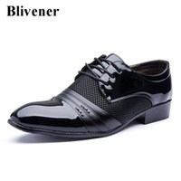Wholesale Summer Dresses For Men - 2016 Luxury Men Dress wed Shoes Black   Brown Fashion Business Leather Flat Shoe For Male Pointed Oxford Shoes chaussure homme