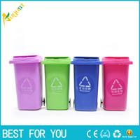 freie recycling-behälter großhandel-Freies Verschiffen 1 Stück Mülleimer Stifthalter / Recycling Kann Lagerplätze Mülleimer Stifthalter Set