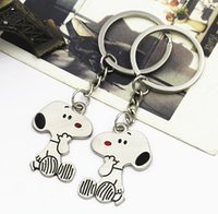 chien publicitaire achat en gros de-Snoopys Peanut Dog Keychain Keyring Key Cute Creative Gift Lovers Porte-clés Couple Porte-bagages Snoopy advertising