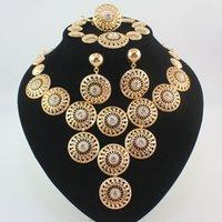 ingrosso insieme dei monili africani del partito-I monili placcato oro Dubai dell'Africa dell'anello del braccialetto orecchini del partito delle donne del costume misterioso nuziale Charming di modo della collana