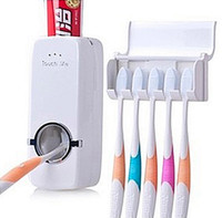 produtos dentífricos venda por atacado-Atacado-1set Lazy Person Products New Dispenser Automatic Toothpaste Toothbrush Holder sets, escova de dentes Família define acessórios do banheiro