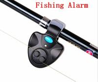 clip fisch biss alarm großhandel-Outdoor Angeln Alarm mit LED-Licht Elektronische Fisch Bissanzeiger Finder Sound Alert Running Clip auf Angelrute Fly Fishing Tackle Free DHL