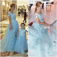 Wholesale Cheapest Lace Dresses - Cheapest Light Sky Blue Applique Mother And Daughter Prom Dresses 2017 Short Sleeves Tulle Long Bridal Party Gowns