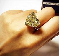 anillos de topacio amarillo oro blanco al por mayor-Tamaño de lujo 6/7/8 Joyería blanco amarillo Topaz corazón CZ corte princesa Diamante simulado 20kt blanco Anillo de compromiso de boda lleno de oro regalo