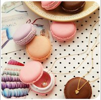 4.2 * 4.2cm Mini Macaron Case Fone de ouvido SD Card Storage Box Meninas presentes Candy Color Jewelry Packaging Colar Earring Bracelet Boxes