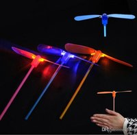 Dragonfly Toy Flying Dragonfly Helicopter Boomerang Frisbee Flash Criança Toy Gift Aue Bamboo Dragonfly Stall Vendo Brinquedos Luminosos Flash flye